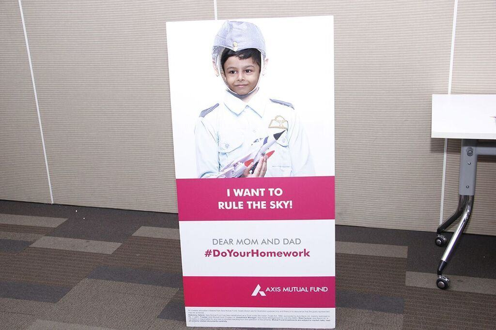 career aspiration banking Our rhb bank jln padungan,  career aspiration is the first step toward marking out a path for the future that is possible to achieve in short-term goals.